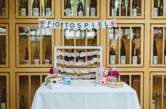 Kreatives Fotospiel für Hochzeitsgäste mit 50 Aufgaben